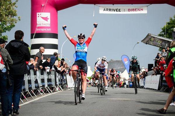 La joie de Kirsten Wild lors de sa victoire sur la première étape du Tour de Bretagne féminin 2019