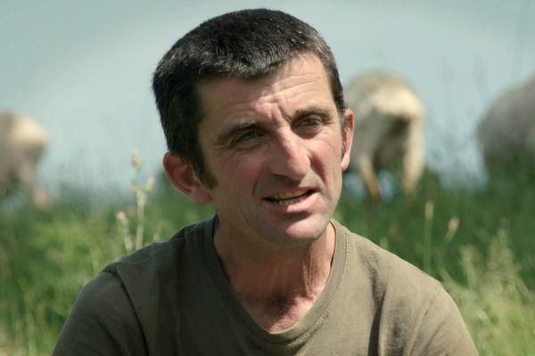 Patrick Sallaberry, berger, président de l'association des producteurs fermiers Idoki, (Pays basque) à Ayherre (64)