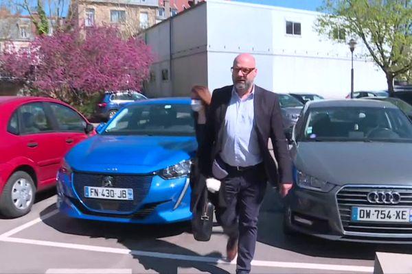 L'avocat spinalien Stéphane Giuranna, qui défend Lola Montemaggi est arrivé à la Cité Judiciaire de Nancy vers 16h30.