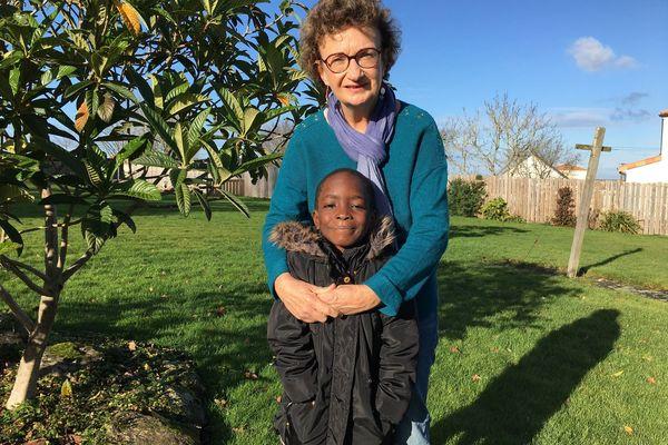 Précious est arrivée à Couffé le 6 décembre dernier et espère repartir fin janvier vers ses parents en Sierra Léone