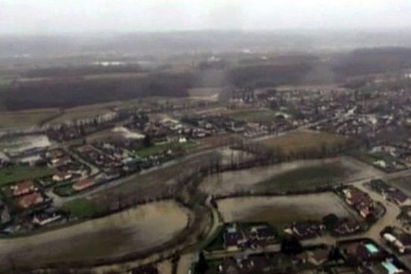 Image aérienne du Béarn filmée grâce à un drone.