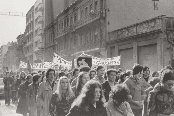 A Toulouse, l'une des manifestations pour dénoncer l'assassinat du militant maoïste Pierre Overney, tué par un vigile de Renault le 25 février 1972