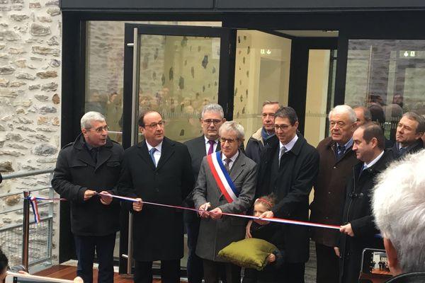 François Hollande inaugure l'auditorium Sophie Dessus