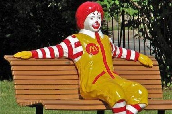 Le clown américain compte bien s'implanter dans le Périgord