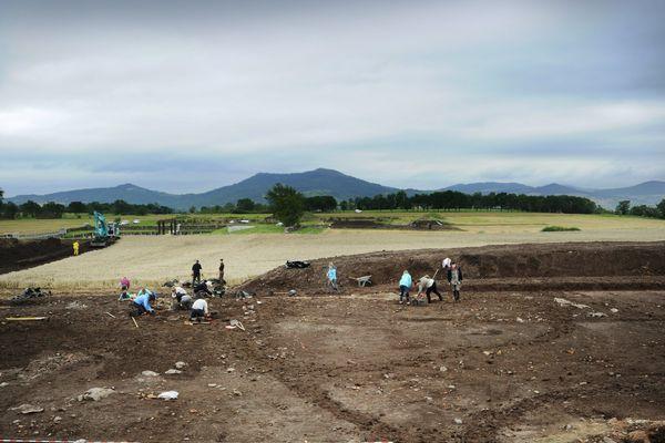 Pour la 5ème éditions des journées nationales de l'archéologie, les visiteurs pourront découvrir des sites archéologiques comme le plateau de Corent. Un comédien animera même des visites guidées théâtralisées le 18 juin.
