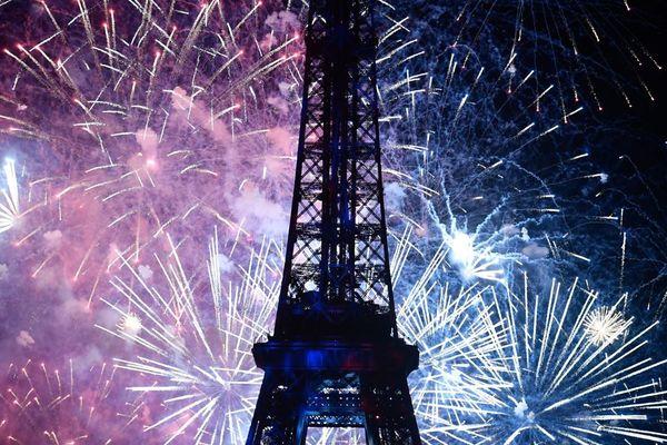 Le traditionnel feu d'artifice du 14-Juillet à la tour Eiffel, en 2018 (illustration).
