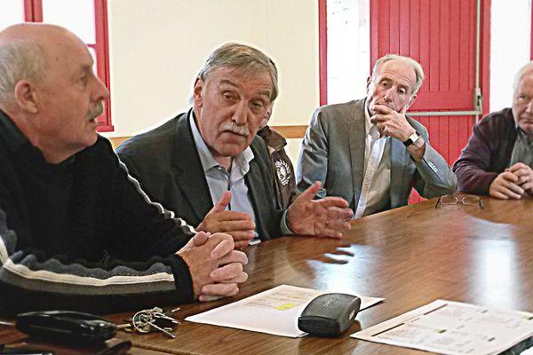 """En Creuse, Michel Vergnier, député-maire socialiste de Guéret, ne veut pas céder à la tentation """"en Marche""""."""