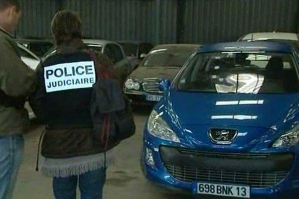 Marseille - la police et les gendarmes poursuivent leur enquête - 16 octobre 2012.