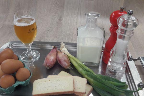 Les ingrédients pour cuisiner des œufs cocotte au Maroilles