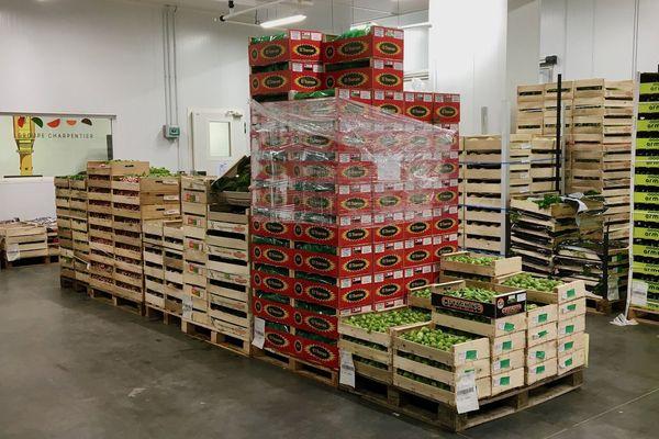 Au MIN de Nantes, l'activité de distribution reste indispensable à l'alimentation des populations en temps de crise du coronavirus
