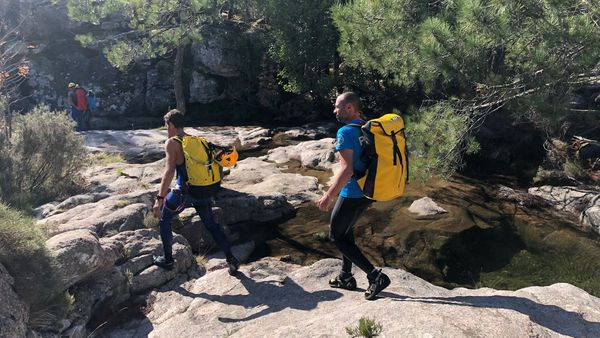 Les recherches se poursuivent au niveau du sentier de la cascade Piscia di Gallu pour retrouver le couple de sexagénaires, disparu depuis jeudi 24 octobre