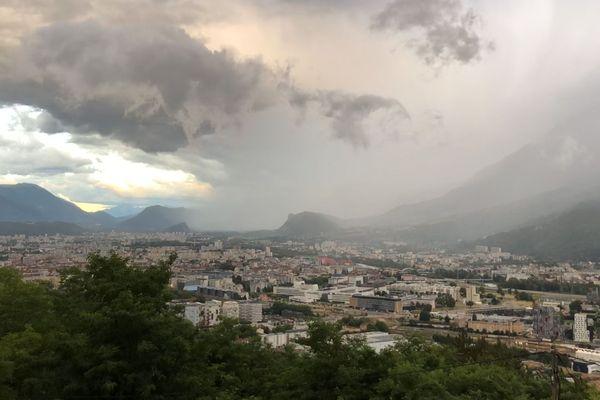 Un temps plus instable et plus frais attendu sur les Alpes dès le week-end prochain - Photo d'illustration