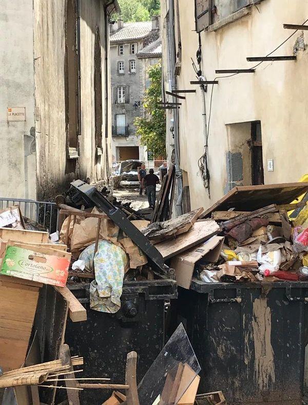 A Valleraugue, les habitants s'entraident pour nettoyer leur logement - 20 septembre 2020