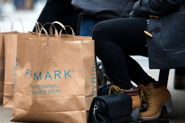 Primark, l'enseigne concurrente de H&M, Kiabi et autres Zara, est le magasin que les centres commerciaux rêvent d'avoir chez eux.