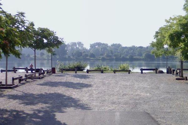 La Ballastière de Bischheim (Bas-Rhin) figure dans les lieux de baignade recommandés par les Voies navigables de France (VNF).