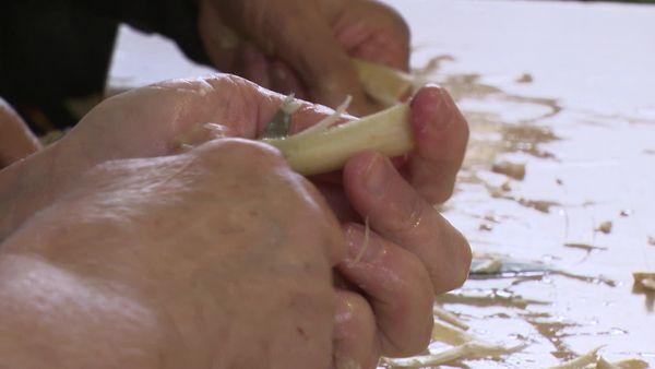 Avant le papier, l'épluchage des asperges