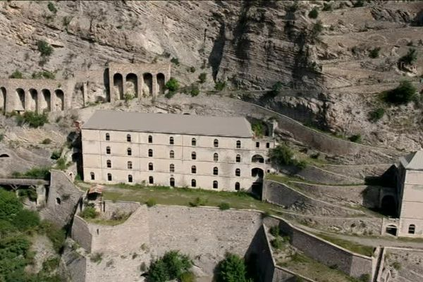Fort de Tournoux dans la vallée de l'Ubaye
