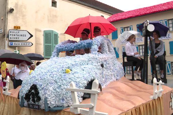 Le char du Gendarme de Saint-Tropez