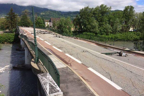Le pont s'est en partie effondré le 13 mai 2018.