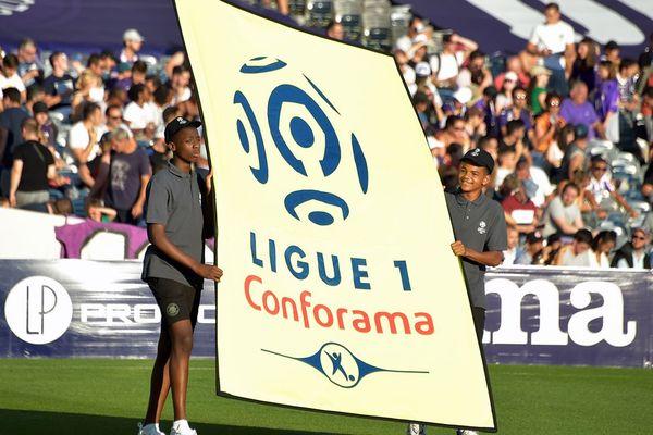 La Ligue 1 risque de reprendre sur une nouvelle saison en août prochain