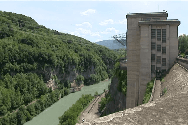 Barrage de Génissiat (Ain) - Archives