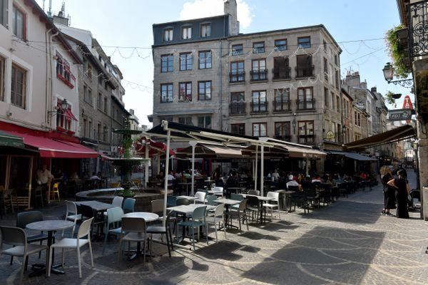 """Saint-Etienne, une ville pas très marchable selon le collectif ''Place aux Piétons"""""""""""
