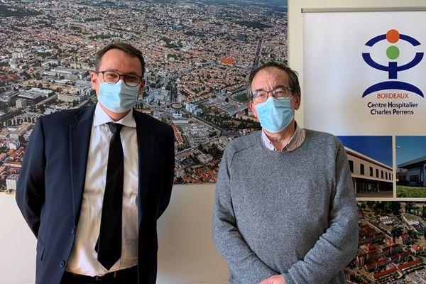 """""""Ce phénomène est inédit"""". Thierry Biais, directeur du centre hospitalier Charles-Perrens ( à gauche) et le Professeur Manuel Bouvard, Chef de Pôle PUPEA (enfants et adolescents)."""
