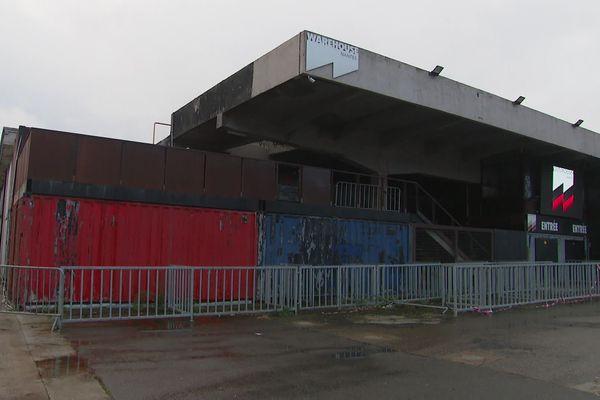 Le Warehouse à Nantes est la plus grande discothèque de l'ouest et attire 300 000 visiteurs chaque année