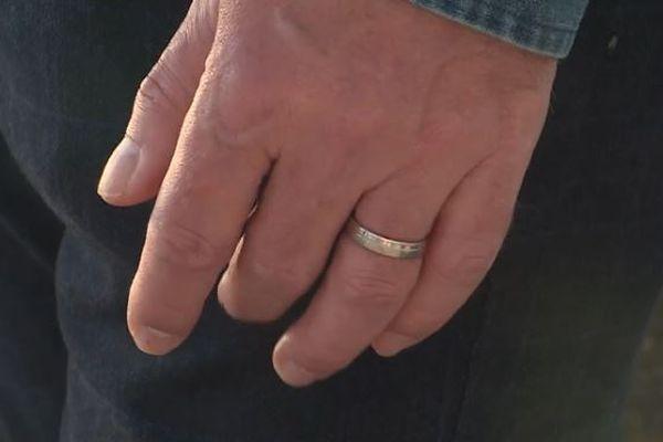En Suisse, les couples d'hommes ou de femmes devraient pouvoir bientôt se marier et avoir des enfants.