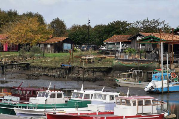 Le port de la Teste-de-Buch est très envasé, et n'a pas fait l'objet d'un dragage depuis des dizaines d'années.