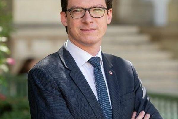 Pierre-Henri Dumont, principal soutien de Xavier Bertrand dans la région.