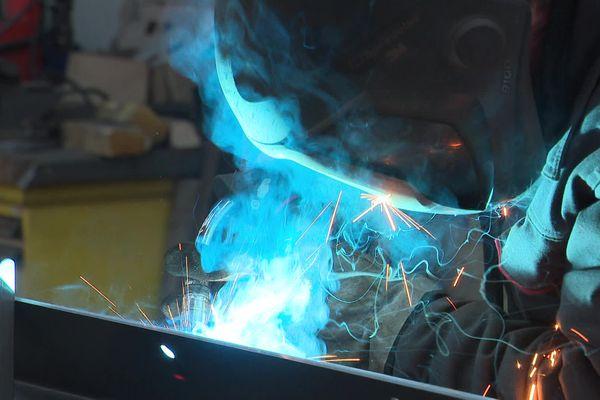5 salariés de Beaumesnil Metallerie avaient racheté leur entreprise. D'employés, ils sont devenu associés... et ça change tout !