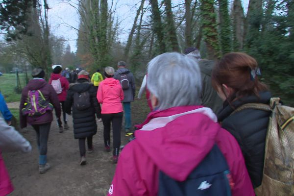 Plus de 3.000 participants à la traditionnelle randonnée pédestre du club de cyclotourisme de Poitiers, ce dimanche 5 janvier 2020.