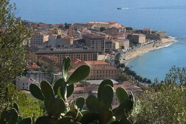 Vue génarale d'Ajaccio (Archive)