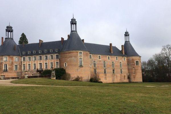 Le château de Saint-Fargeau dans l'Yonne