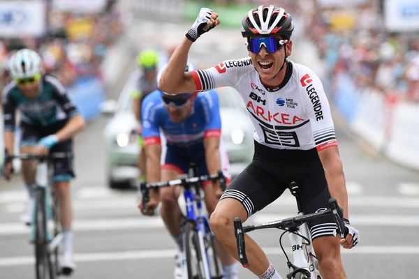 Warren Barguil, ici lors de sa victoire au championnat de France sur route en 2019 à La Haye-Fouassière (Loire-Atlantique), sera sur la ligne de départ ce dimanche 23 août.