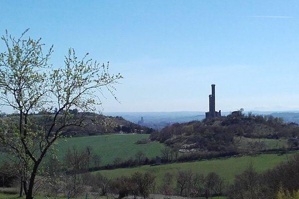 Place forte de l'albigeois, le château de Castelnau-de-Lévis a été construit au XIIIème siècle