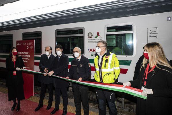 """L'Italie va lancer des trains """"Covid-free"""" entre Rome et Milan."""