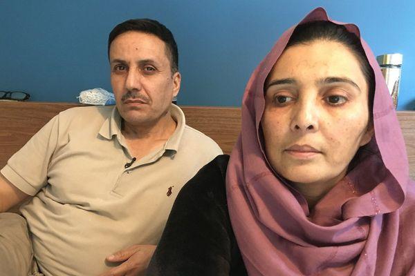 Abdul Sattari et sa famille vivent dans une chambre d'hôtel à Saint-Nazaire