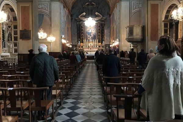 Jeudi, le Premier ministre a annoncé la mise en place d'une jauge de 30 personnes dans les lieux de culte.