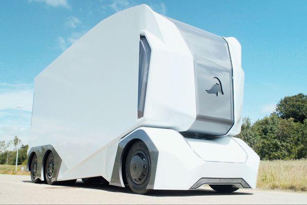 Michelin va s'investir dans le développement de ces véhicules de transport autonomes en les testant sur ses sites à Clermont-Ferrand.