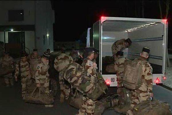 Une quarantaine de soldats du RICM est partie de Poitiers hier soir pour une mission de 4 mois dans la cadre de l'opération Barkhane.
