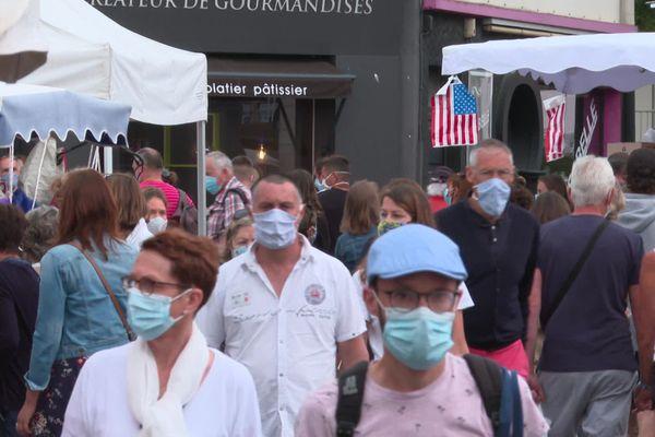 Le port du masque est obligatoire sur les marchés extérieurs de Pornichet