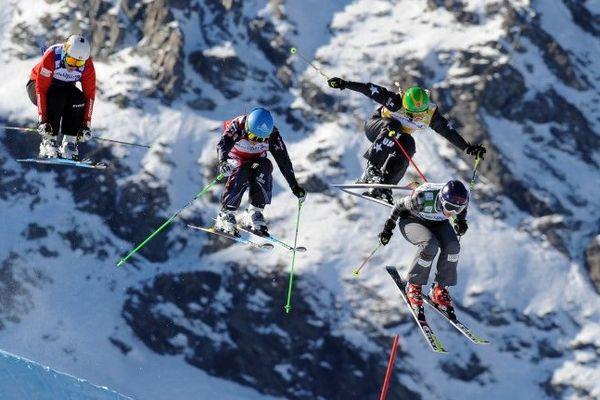Suivez en direct streaming l'épreuve de ski cross avec Ophélie David.