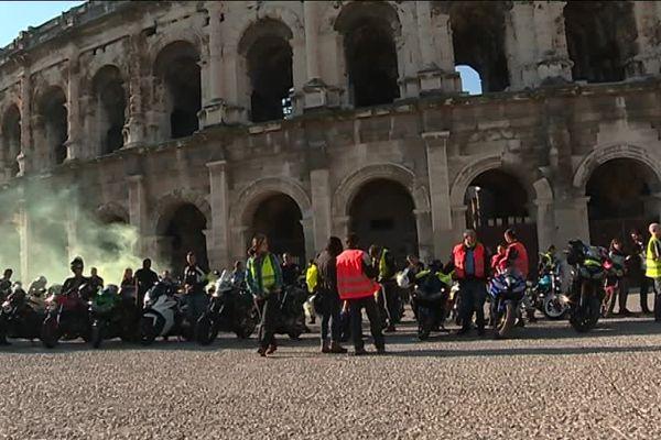 Les motards protestaient contre la décision de justice rendue sur un des leurs, de la prison ferme pour avoir forcé un barrage de police.