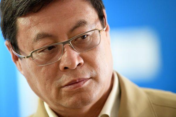 Le propriétaire chinois du club a été nommé président lors d'un conseil d'administration du club ce lundi matin.