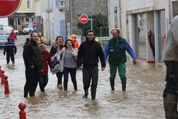 Talmont-Saint-Hilaire en Vendée sous les eaux