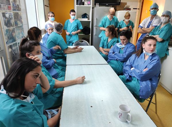 Le service de réanimation du centre hospitalier d'Ajaccio, sur le pont en permanence
