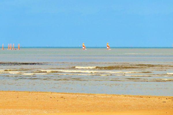 Rêve de plage et de sable chaud