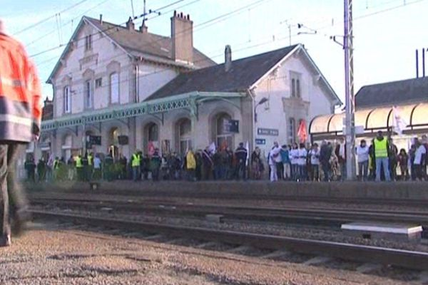 Manifestation en gare de La Souterraine, 3 décembre 2011 (photo d'illustration-archives)
